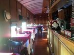 Foto #65542 - Interior of an old wagon turned-restaurant. Living room